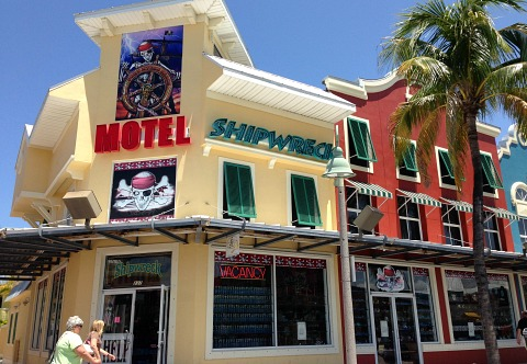 fort myers beach motels