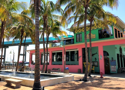 fort myers beach restaurants