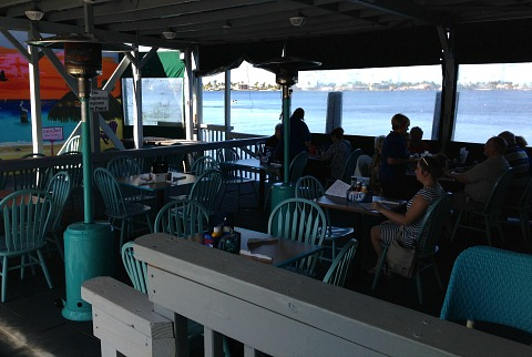 island cafe on the bay