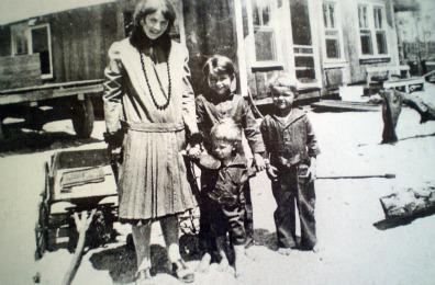 pioneer women pictures