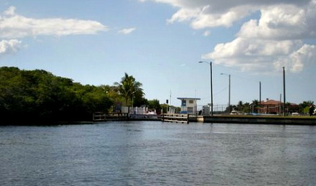 boat lifts cape coral
