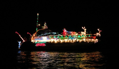 christmas boat parade