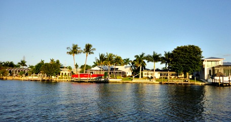 cape coral canal homes