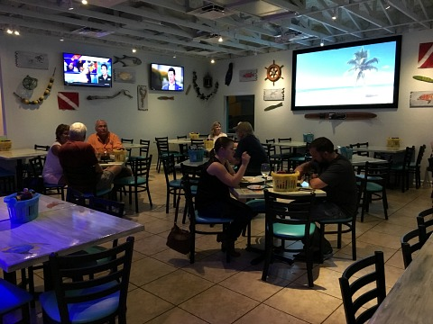 fins seafood and dive bar