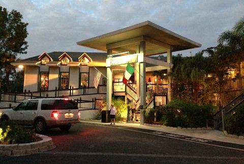 sanibel restaurants