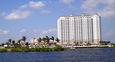 pet friendly hotels fort myers