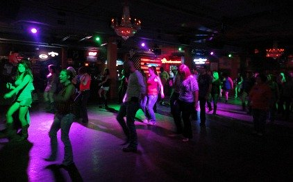 country music night clubs